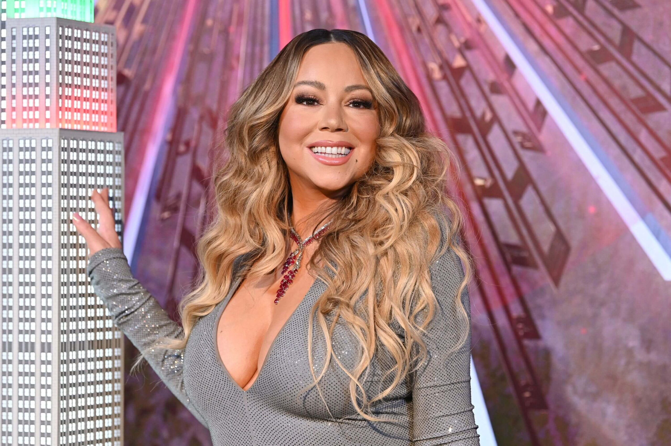 ALL ABOUT MARIAH CAREY NET WORTH, CAREER AND MUCH MORE